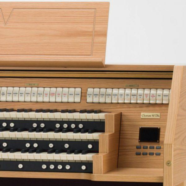 Viscount Chorum 90 Deluxe detail 3